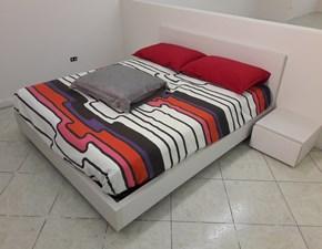 camera da letto in laminato corda venato composta da armadio, letto e 2 comodini