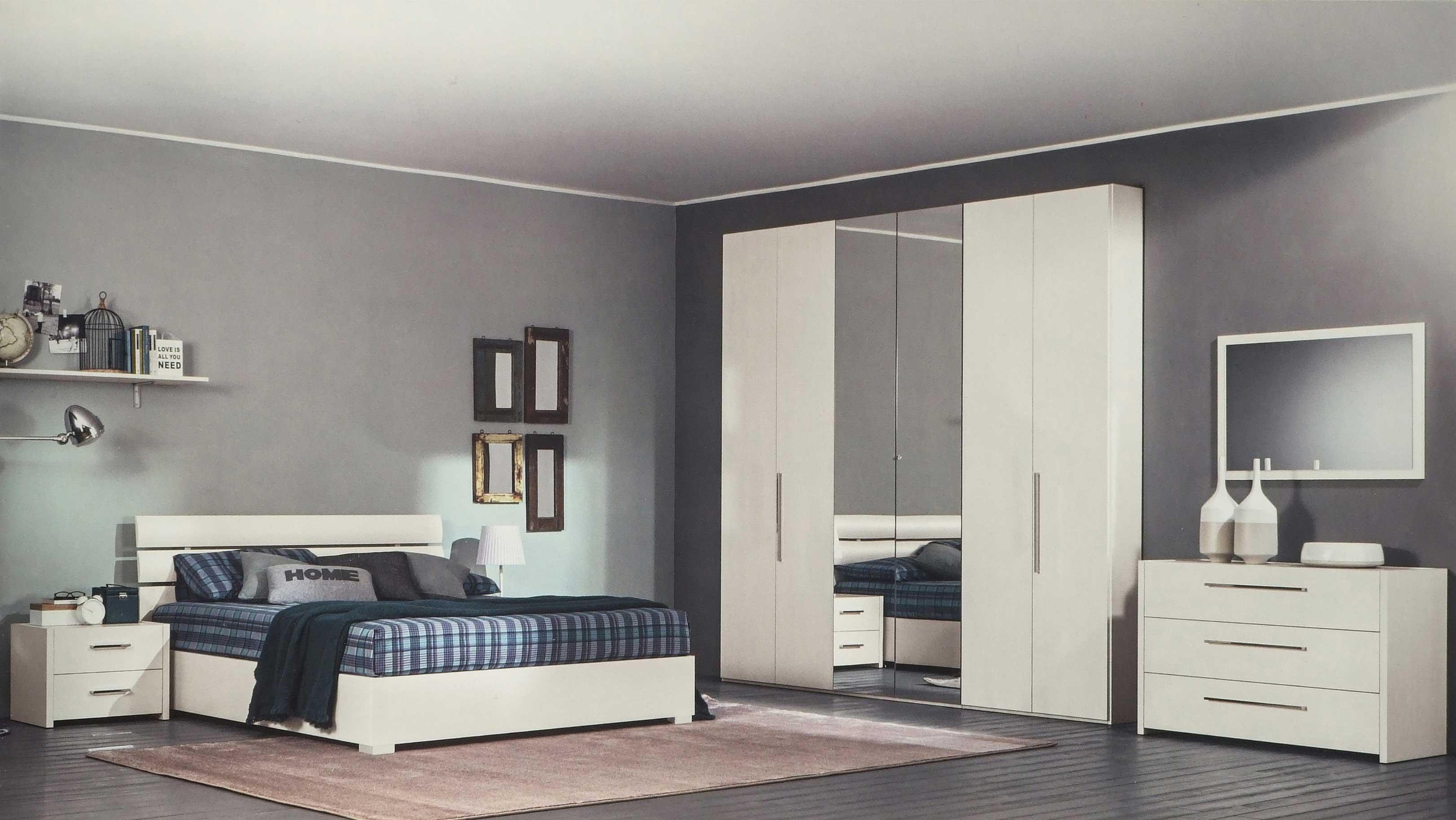 Specchi da camera moderni fabulous specchi design with specchi da camera moderni affordable - Comodini specchio ikea ...