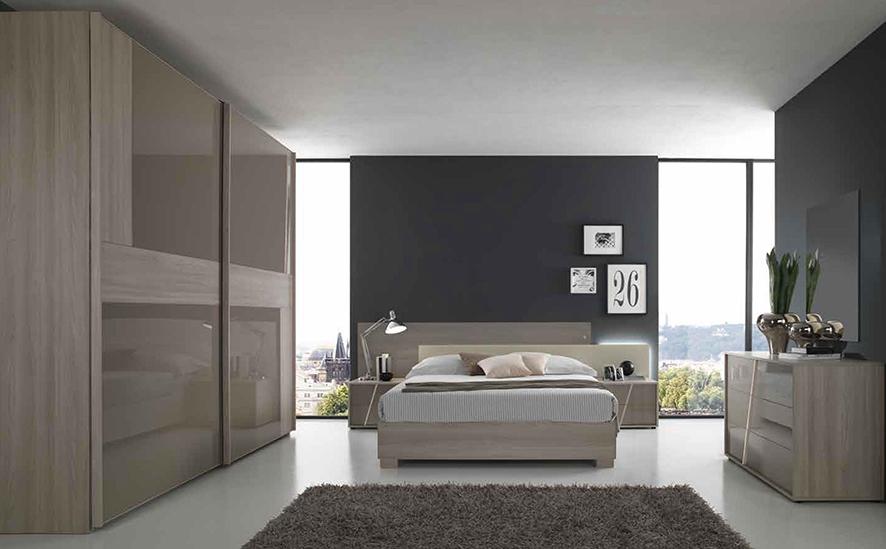Camera con letto matrimoniale con contenitore nuova a for Nuova camera da letto dell inghilterra