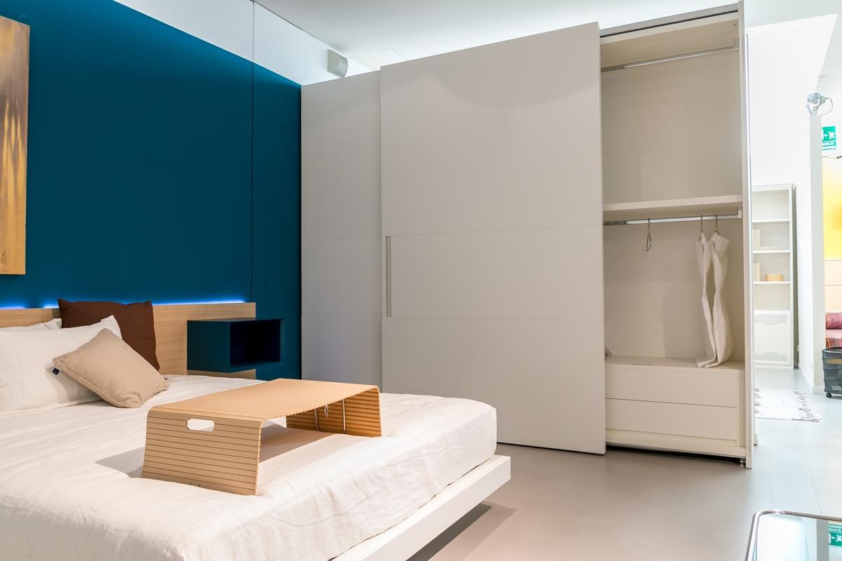 Camera da letto completa pianca camere a prezzi scontati for Costo camera da letto completa