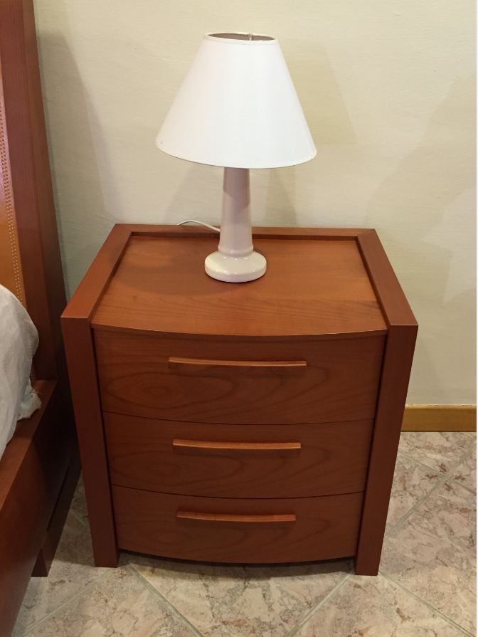 Camera da letto in ciliegio completa a met prezzo - Camera da letto vittoria ...