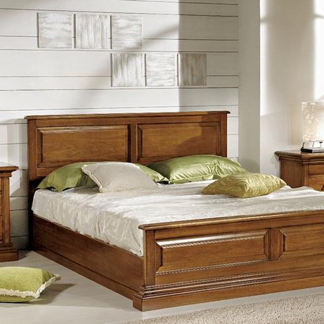 Camera da letto in stile classico con letto matrimoniale for Prezzo camera da letto matrimoniale