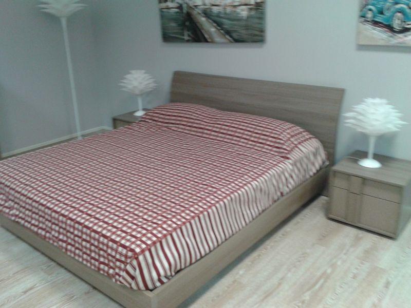 Camera da letto moderna colore olmo storm mocaccino - Colore camera letto ...