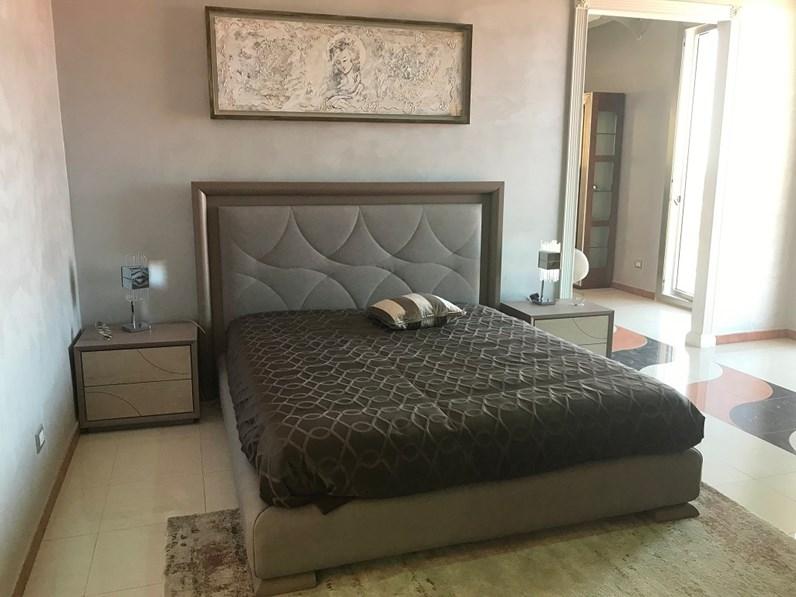 Camera da letto moderna di Signorini & Coco a prezzo scontato in legno