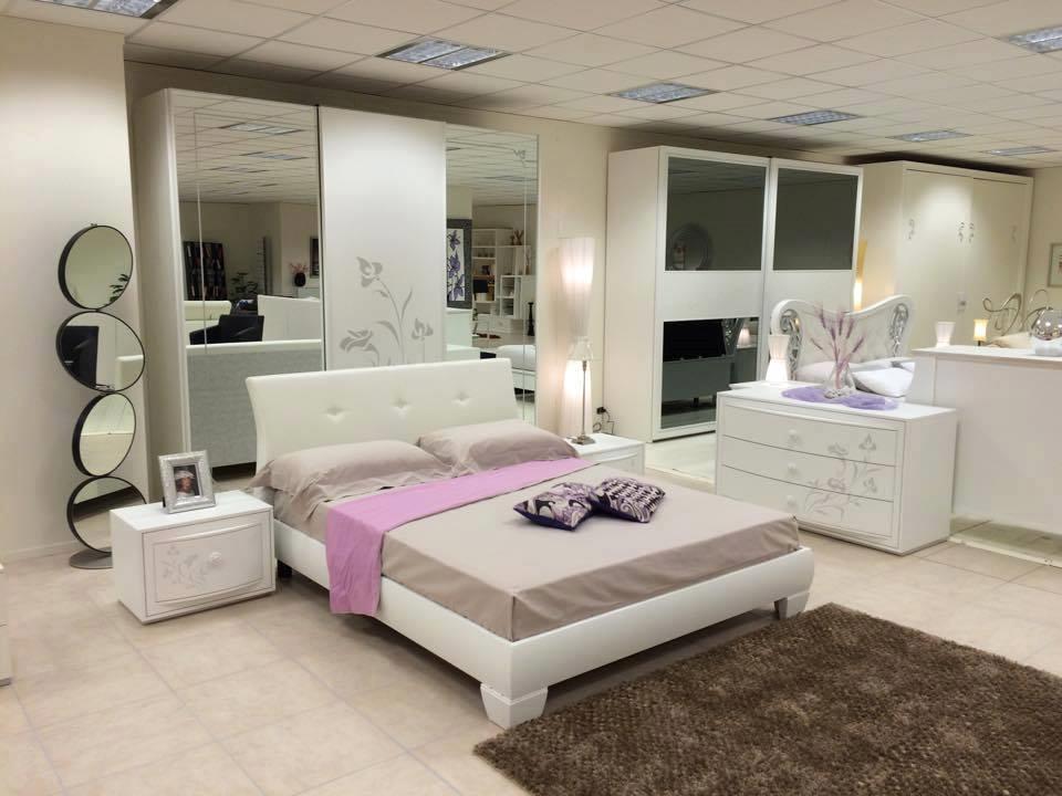 Letto Matrimoniale Napoli : Camera da letto spar napoli promozione camere a prezzi