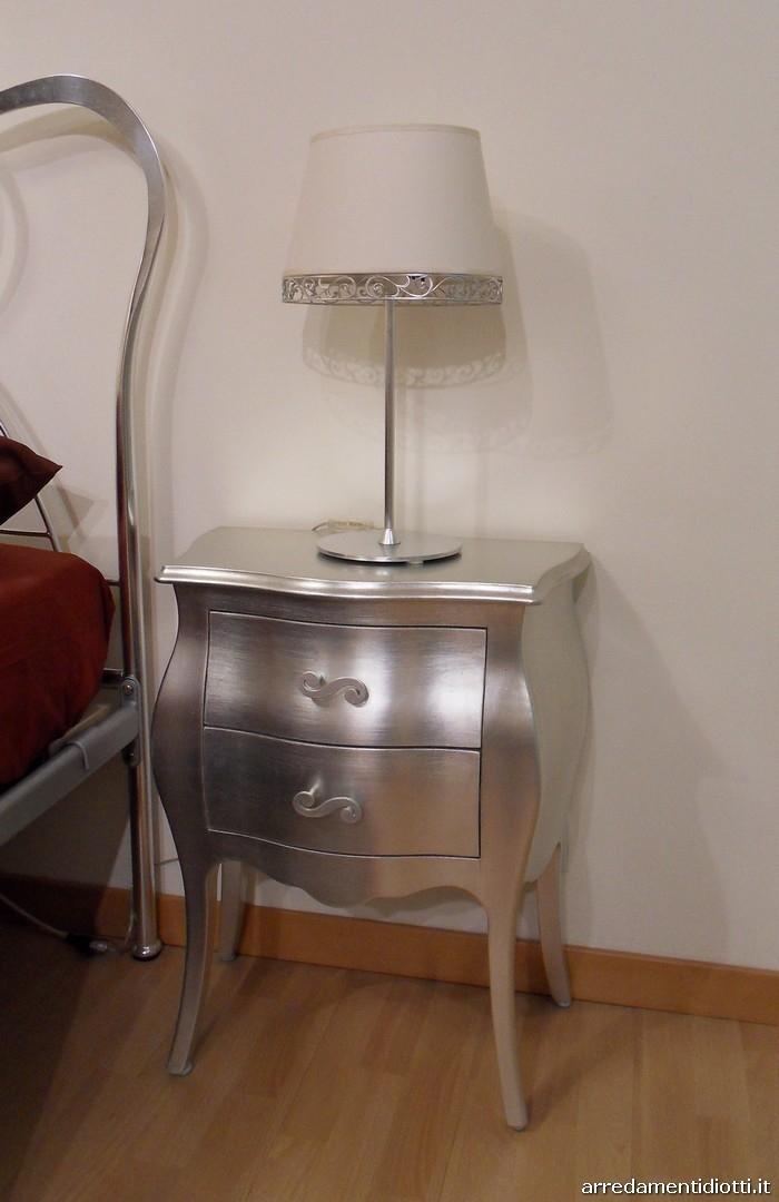 Camera Da Letto Foglia Argento: Camera da letto argento stanze e in ...