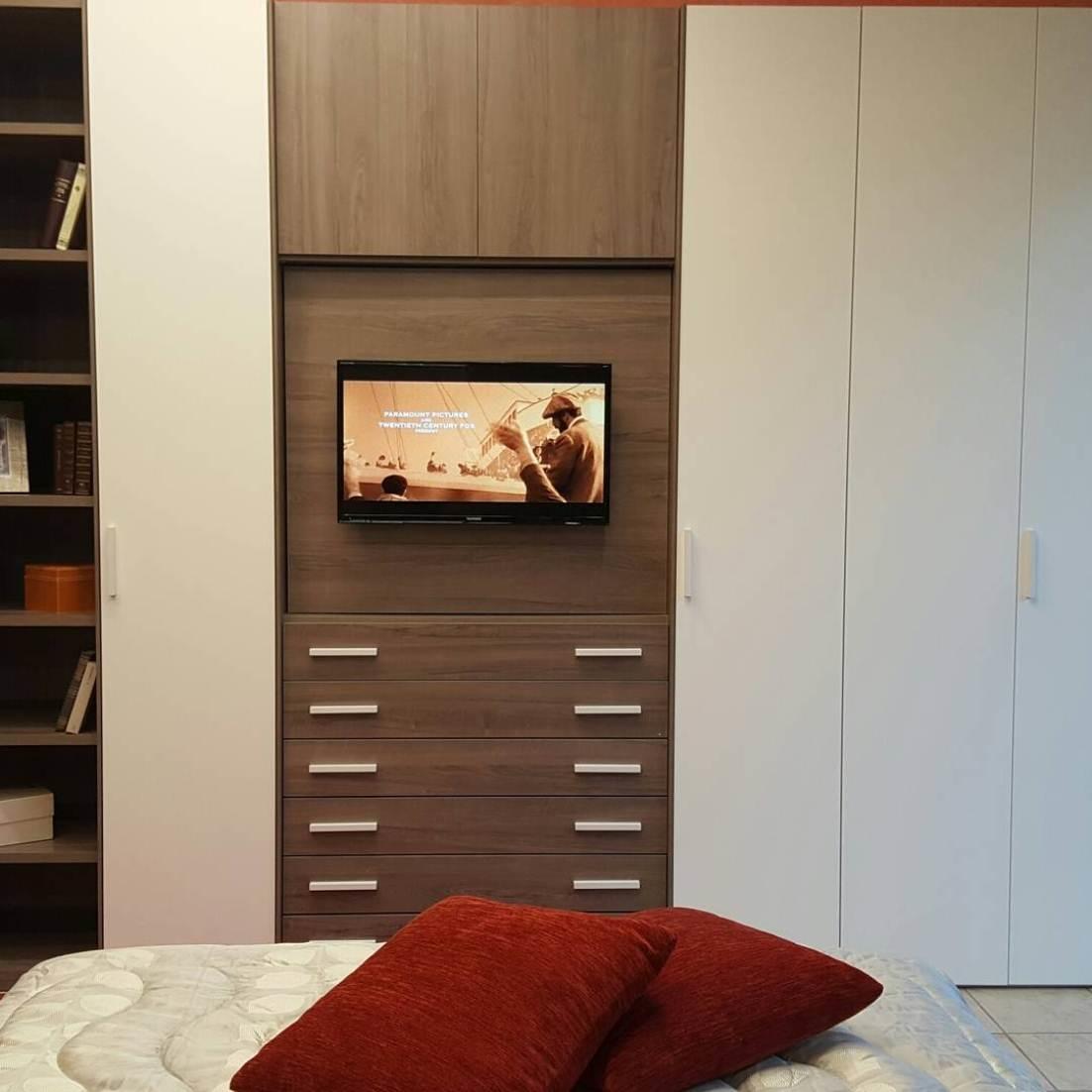 Camera matrimoniale completa Giessegi con porta televisore - Camere a prezzi scontati