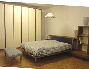 Camera matrimoniale completa di letto-armadio e comodini scontata del -60%