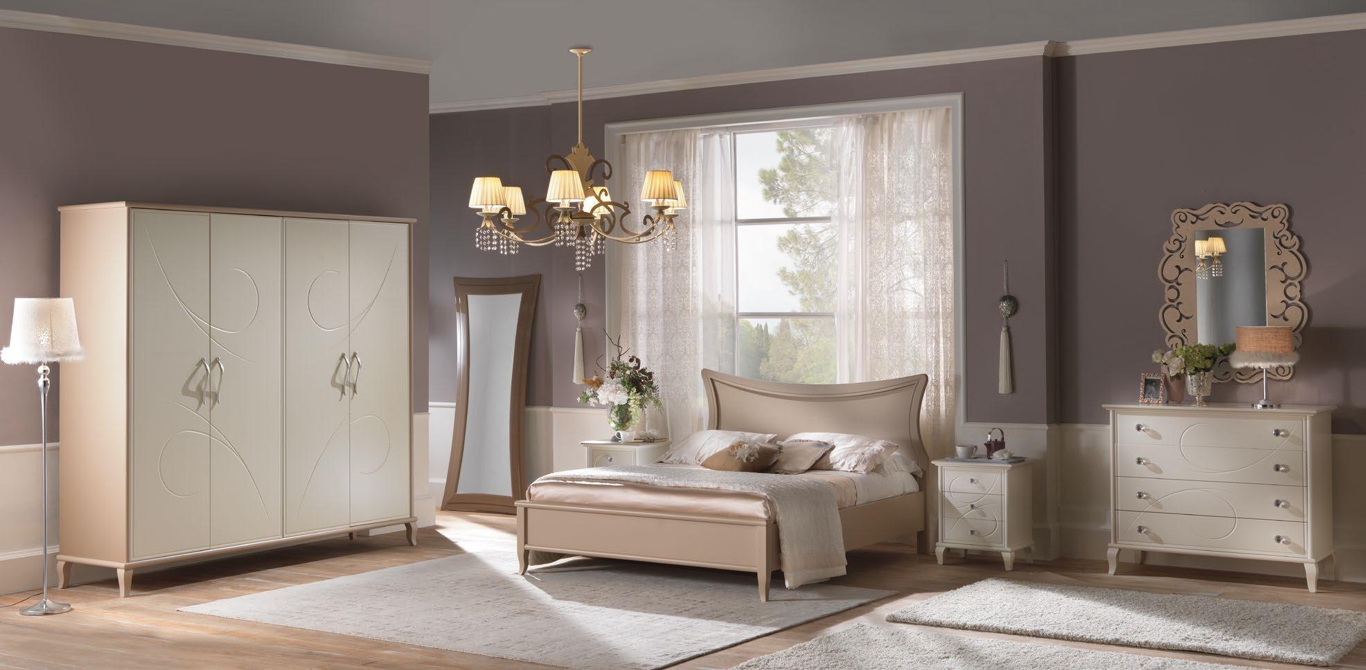 Camera matrimoniale provenzale in legno avorio e sabbia for Camera matrimoniale in legno