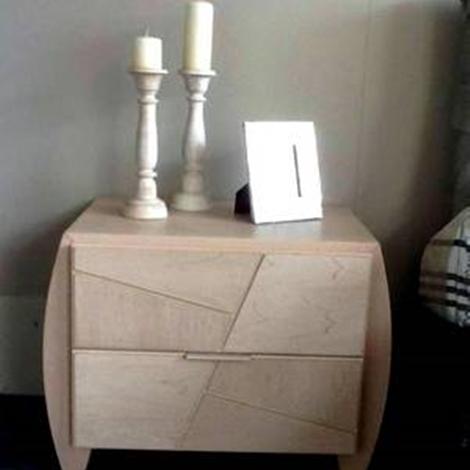 Camera da letto modo10 prezzo idea creativa della casa e for Layout della camera familiare