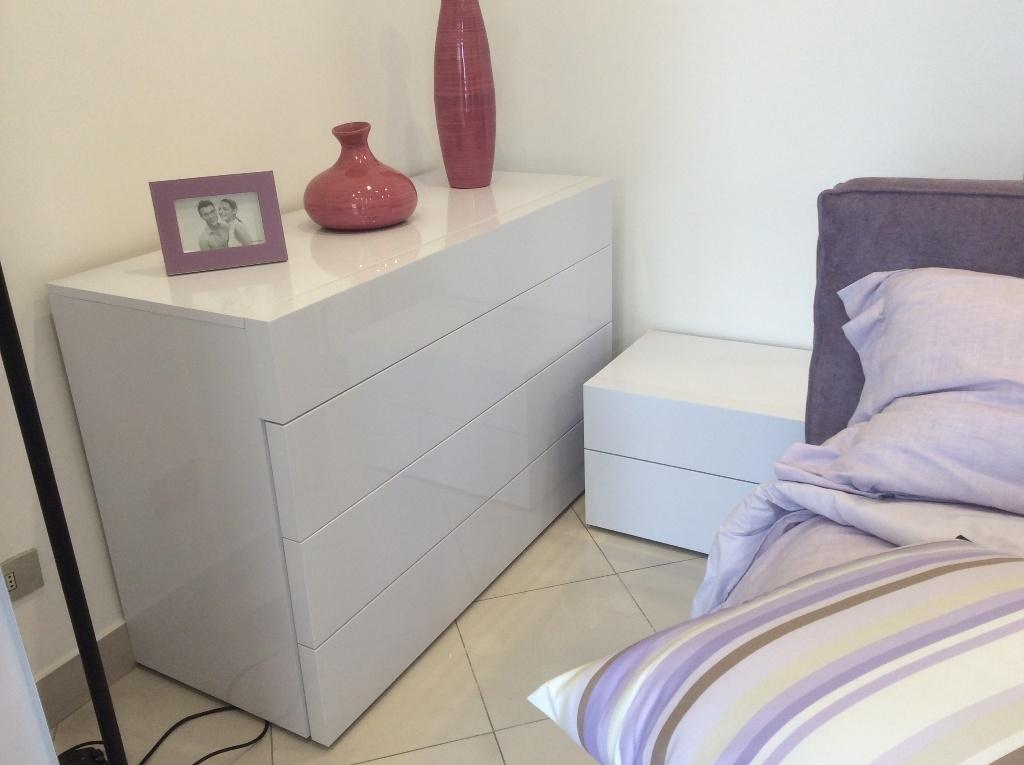 Camera santa lucia scorrevole laccato lucido moderno camere a prezzi scontati - Santa lucia mobili prezzi ...