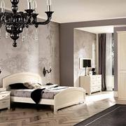 Camera matrimoniale in stile provenzale pattinata beige