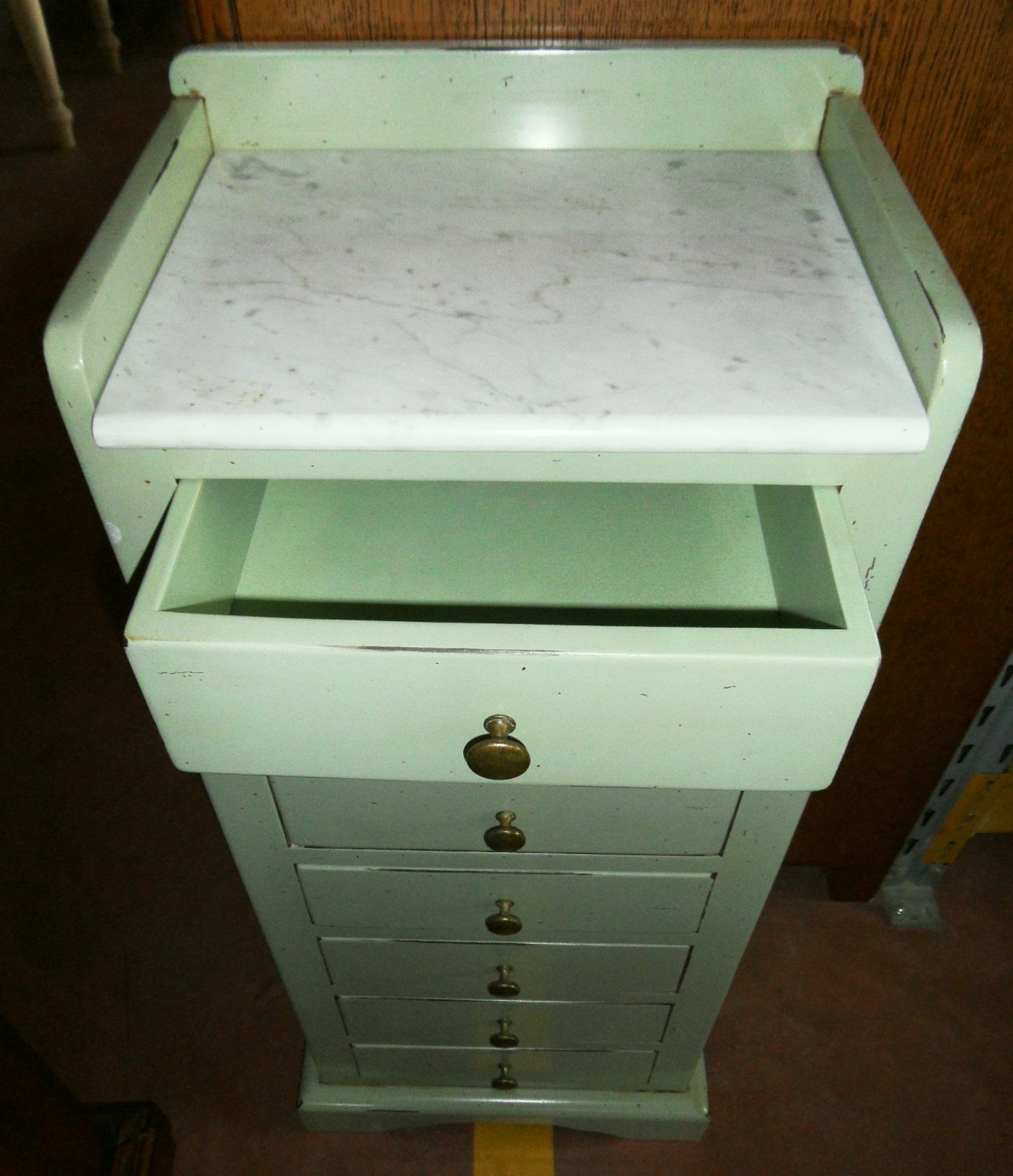 Cassettiera con piano in marmo scontata del 50%   camere a prezzi ...