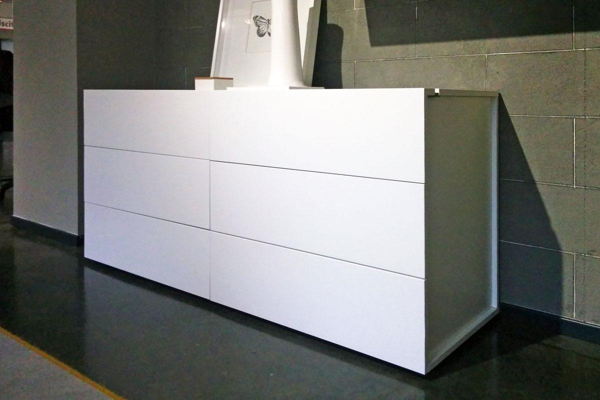 Com a 6 cassetti bianco camere a prezzi scontati for Lops arredi distretto del design trezzano