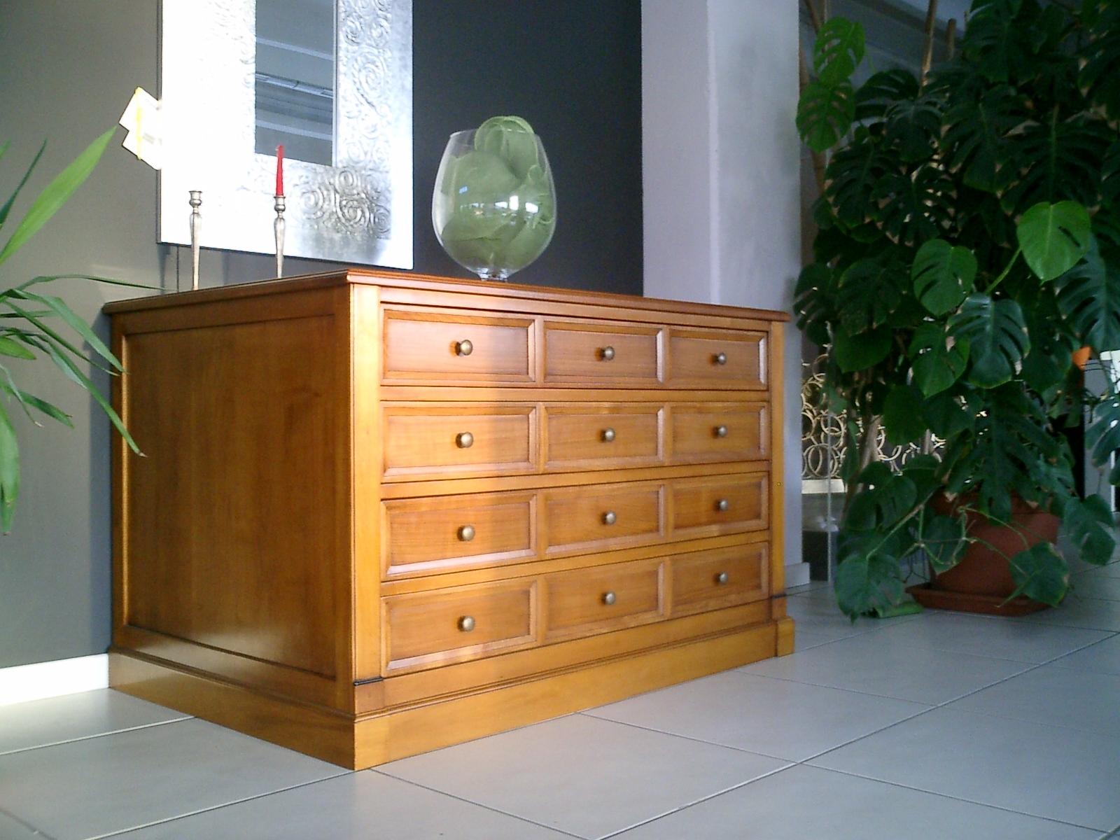 Como 39 cassettiera legno camere a prezzi scontati for Cassettiera legno