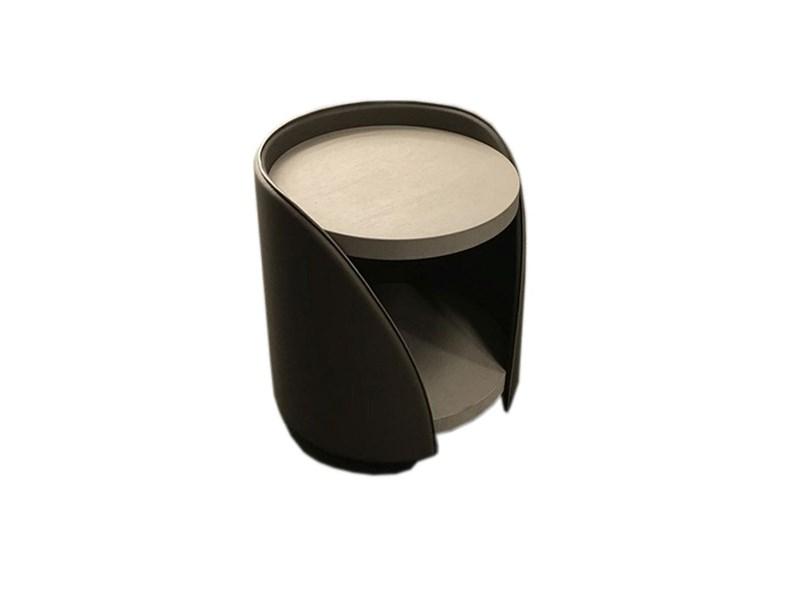 Comodino mod tisettanta in pelle a prezzo scontato for Tisettanta outlet