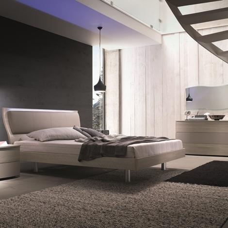 Camera matrimoniale mab letto con testiera ecopelle e luce - Testiera letto moderna ...