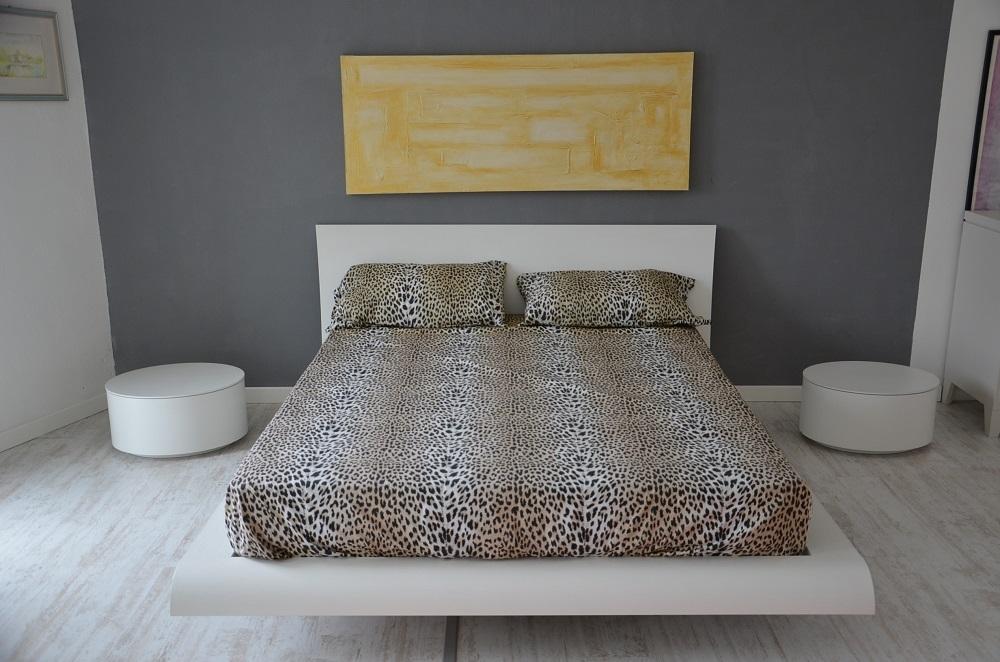 Camere da letto bianca poro aperto letto con contenitore for Arredamenti pirovano