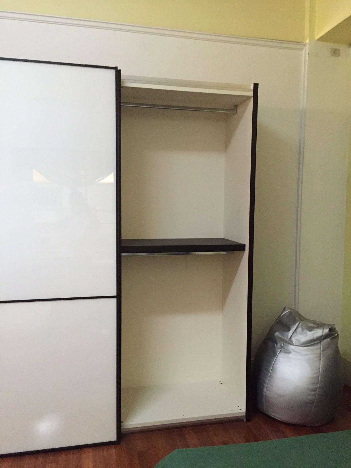 Pianca camera da letto completa armadio scorrevole for Camere da letto prezzi scontati