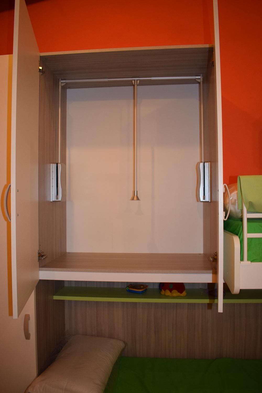 Camerette con tre letti idees camera letto 187 camerette for Camerette tre letti ikea