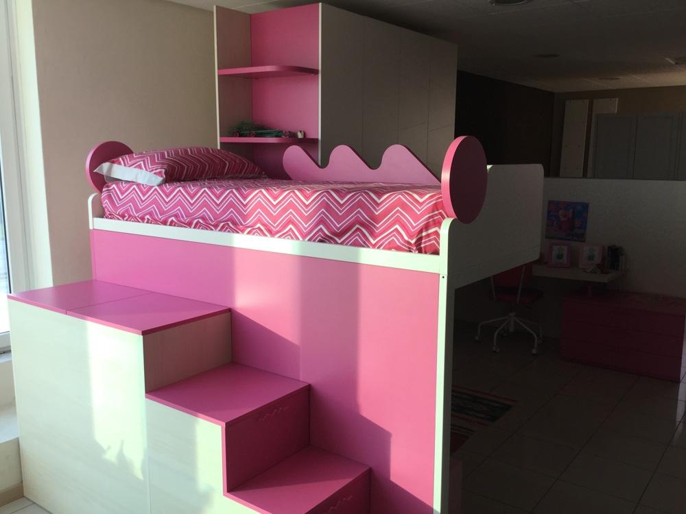 Cameretta battistella bianca rosa ed effetto legno letti for Cameretta rosa
