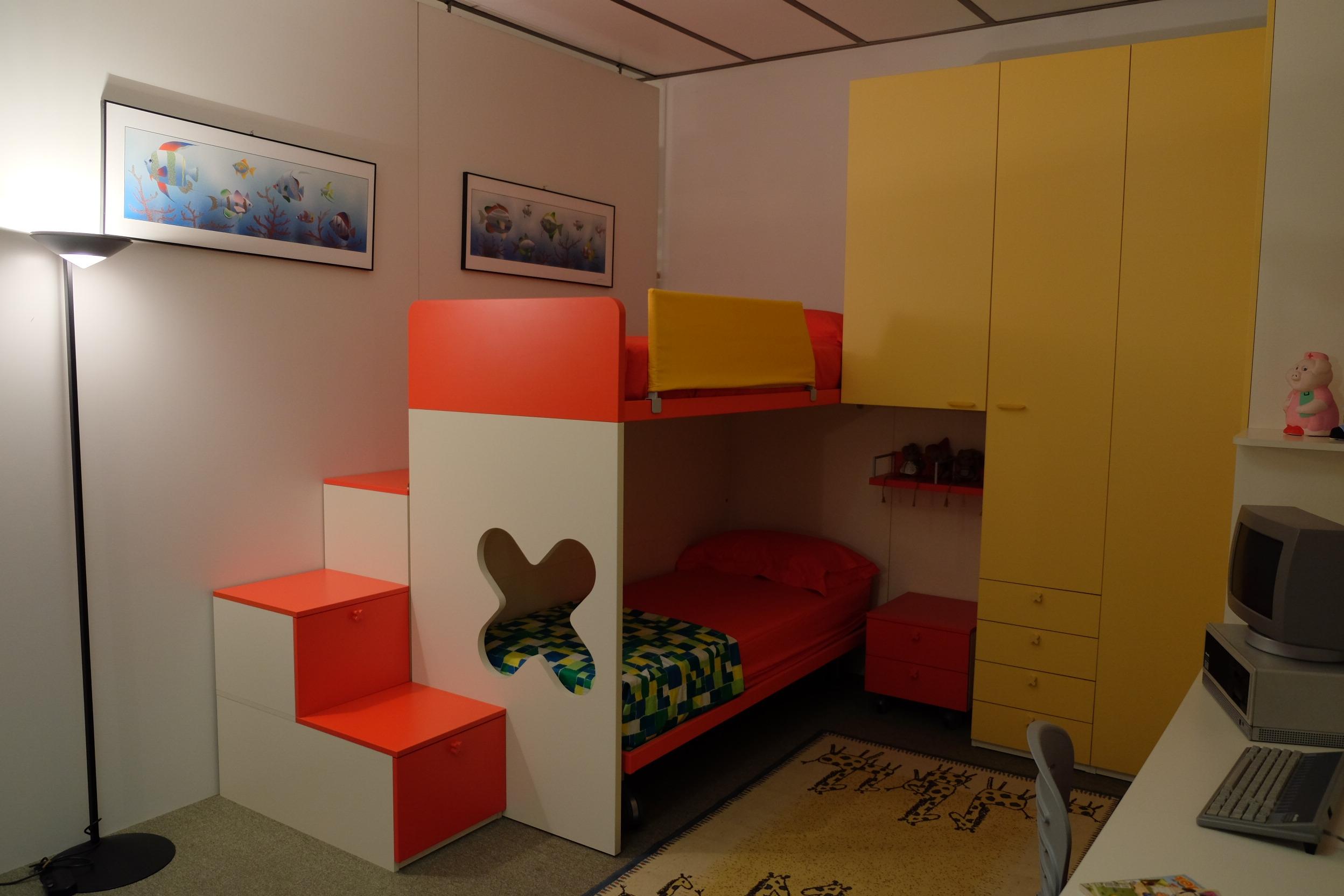 Letto A Castello In Legno Naturale.Scaletta In Legno Per Letto A Castello Letti Per Bambini 8 12 Ikea
