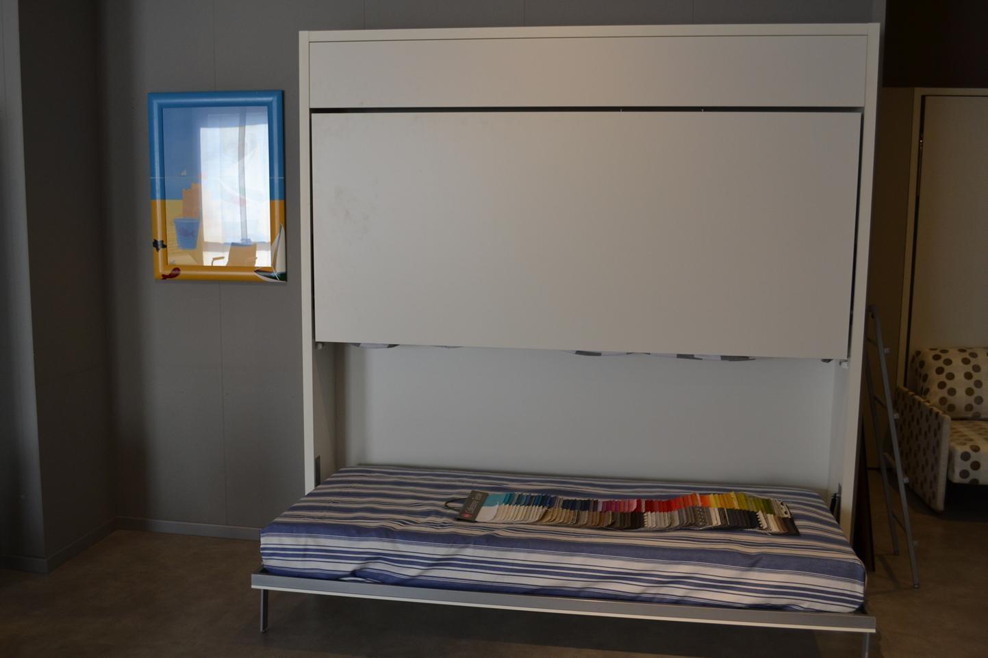 Ikea Napoli Camerette: Voffca tavolo in vetro ikea. Tiarch lavabi in vetro colorati.