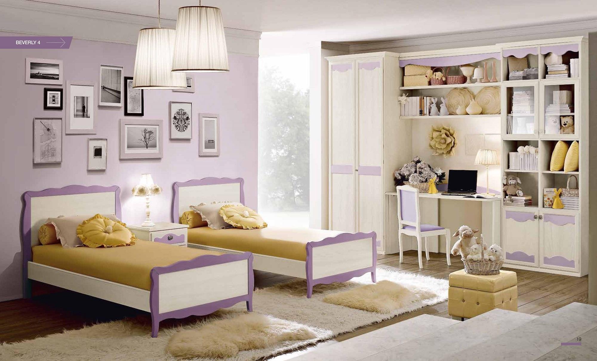 Cameretta con due letti e armadio in legno decape - Divano letto con due letti singoli ...