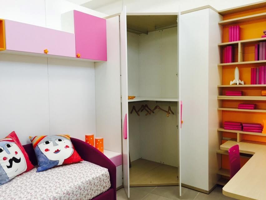 Letto a soppalco con cabina armadio gb77 regardsdefemmes for Piani casa fienile con soppalco