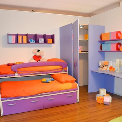 Cameretta moretti compact letti space camerette a prezzi for Prezzi della cabina di tronchi di 3 camere da letto