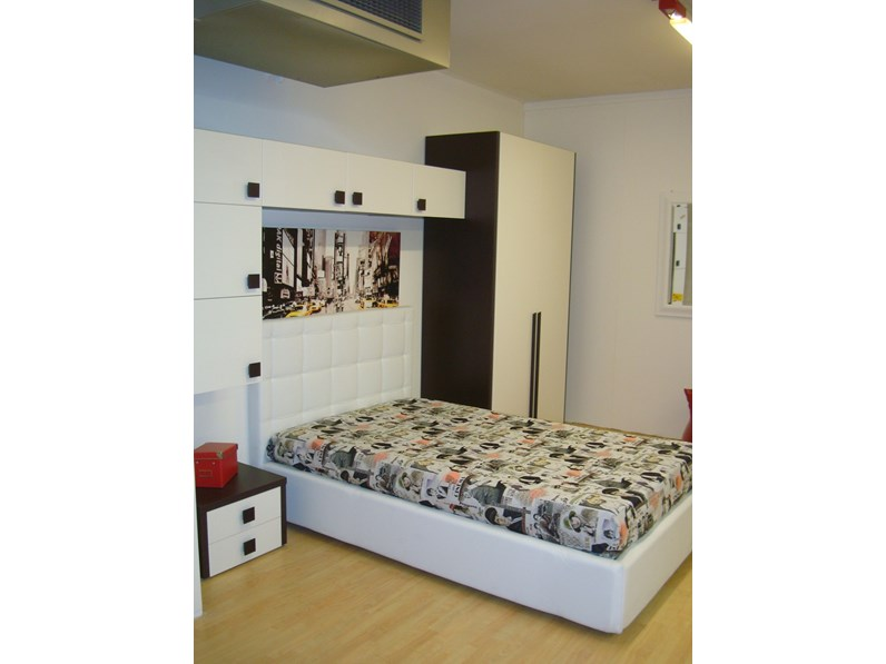 https://www.outletarredamento.it/img/camerette/cameretta-oliver-rovere-moro-di-zg-mobili-in-offerta-outlet_N2_345920.jpg