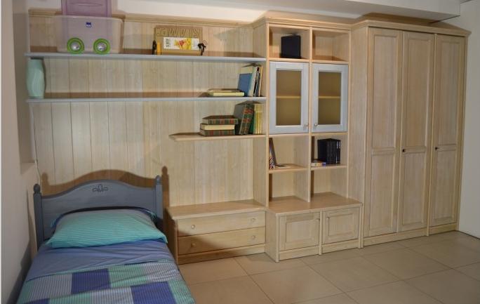 Cameretta singola in legno massello scandola mobili - Camerette a ...