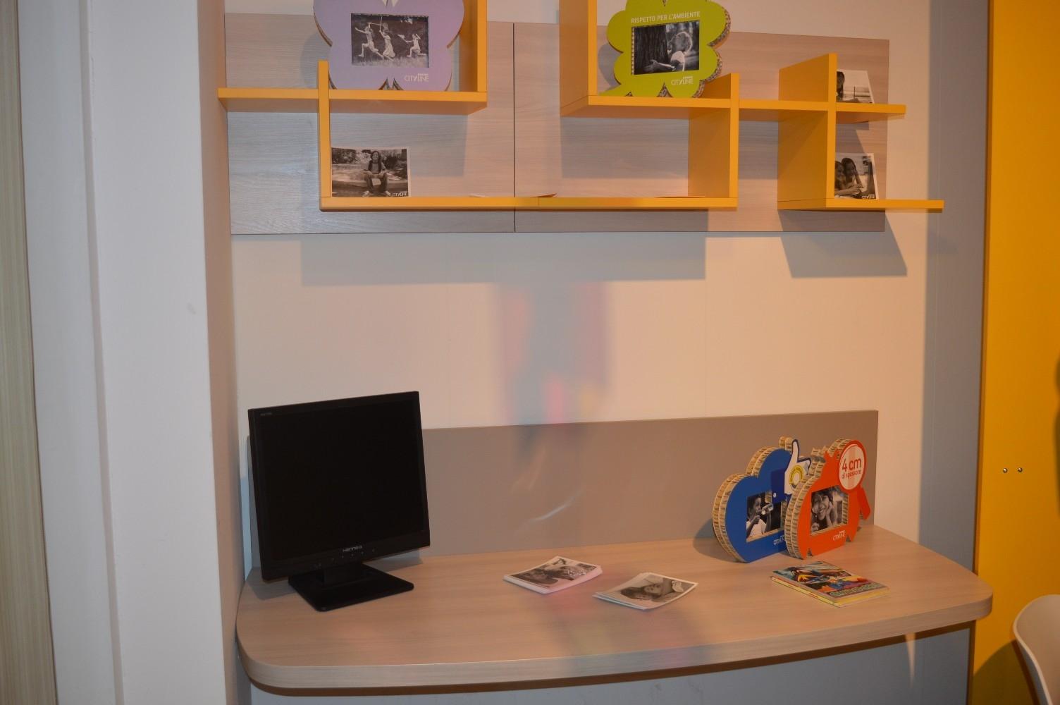 Letti A Mini Castello.Letto A Soppalco Con Cabina Armadio Gallery Of With Scrivanie