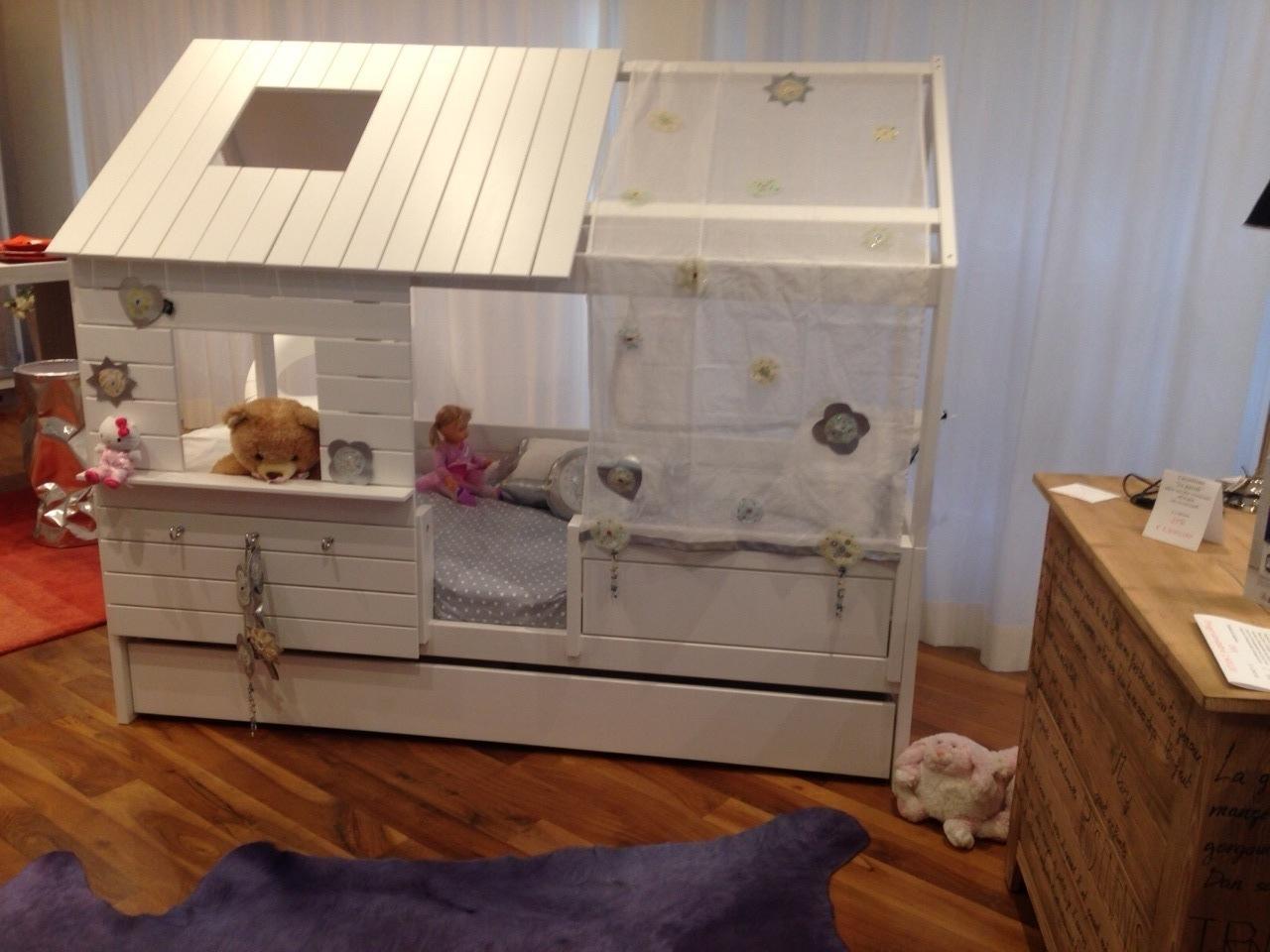 Letto a casetta legno bianco casa coppenaghen camerette a prezzi scontati - Letto in legno bianco ...