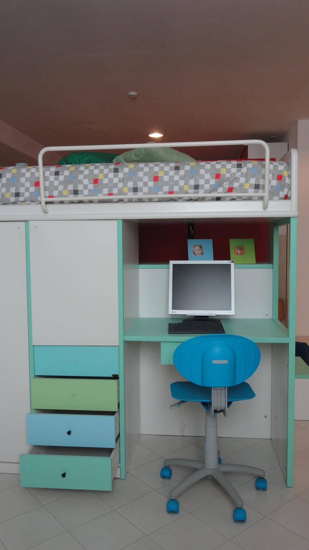 Letto a castello con armadio e scrivania scontato del -80% ...