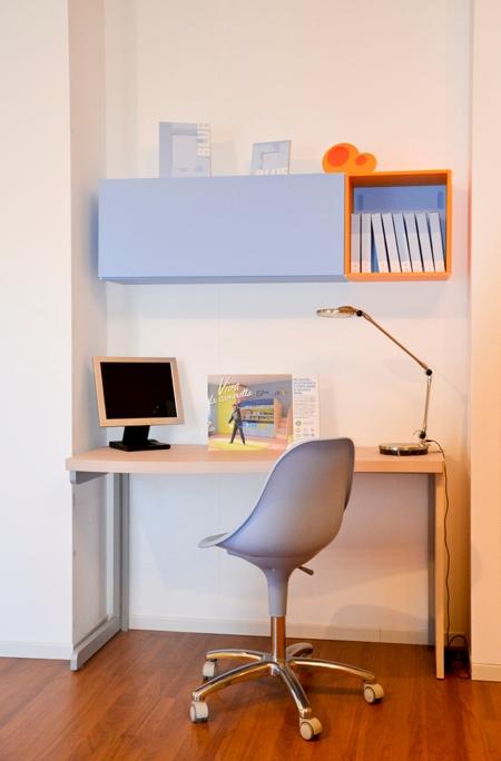 Moretti compact scrivania sirius offerta camerette a for Camerette moretti compact prezzi