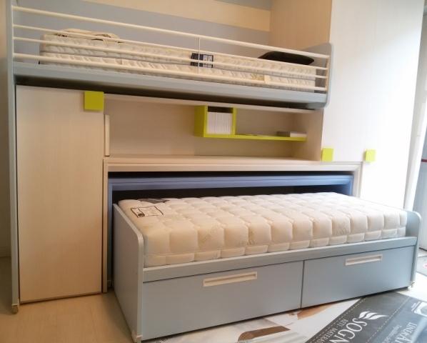 Occasione cameretta con letti scrivania libreria - Camerette con 4 letti ...