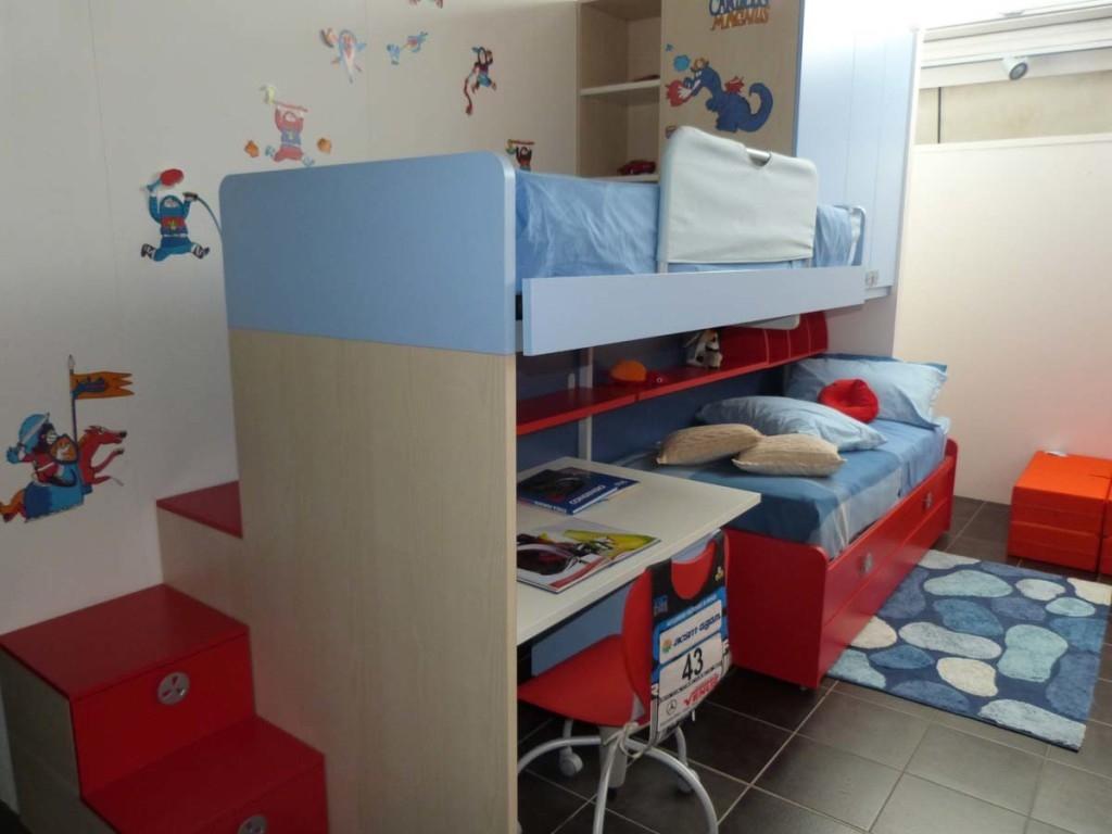 Battistella cameretta klou xl soppalco con 3 letti scrivania e letto ribaltabile in laminato - Camerette con letto a soppalco ...