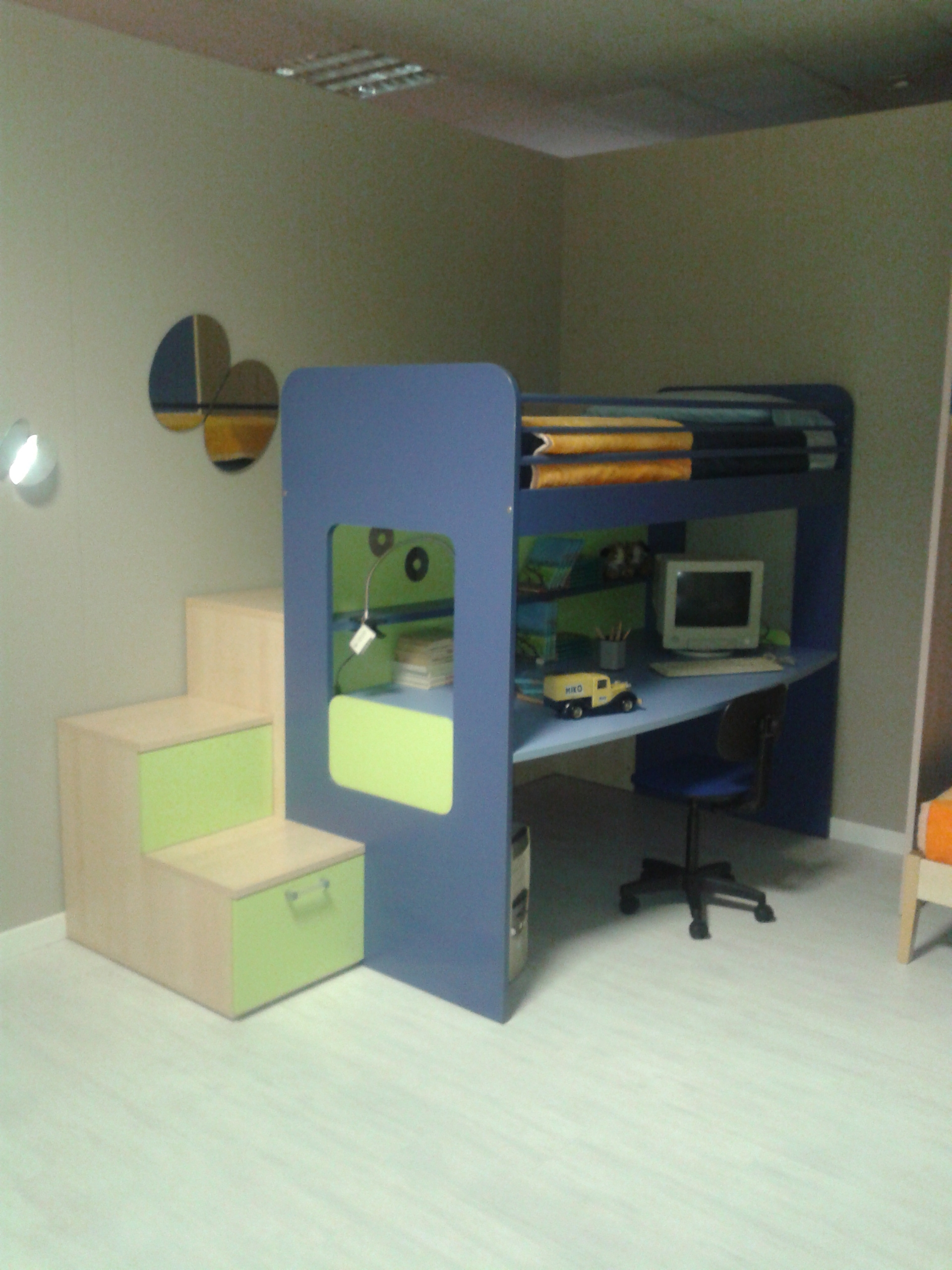 Design creativo recinto for Letto a castello ikea usato