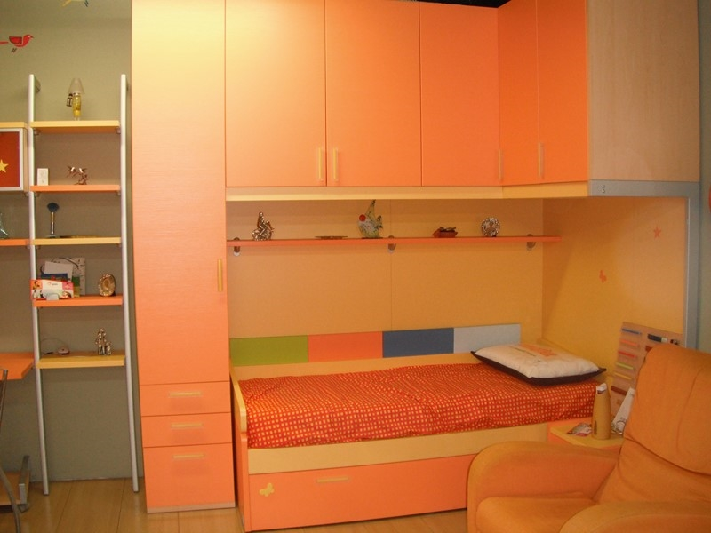 Cameretta Doppio Ponte : Ponte ad angolo con doppio letto e scrittoio camerette a