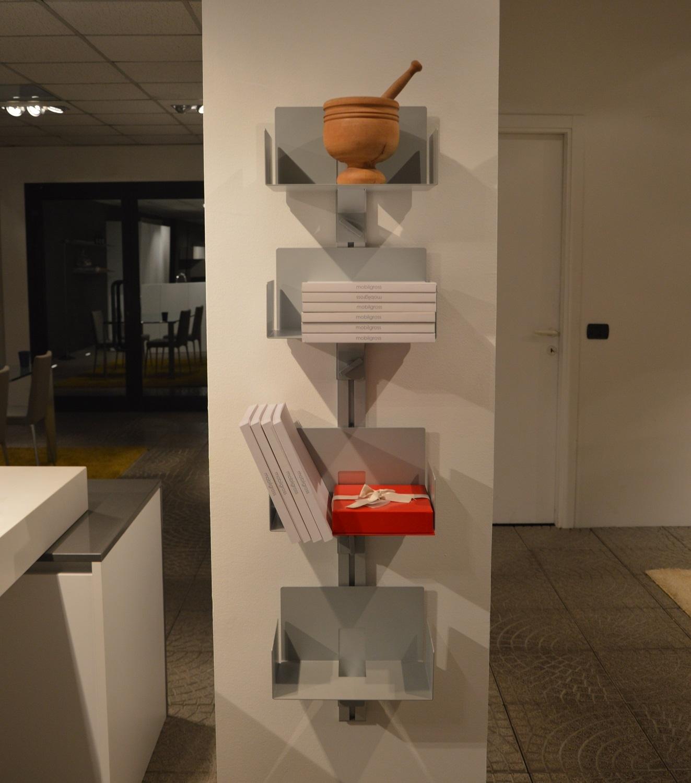 Aico design totem porta libri scontato del 50 for Arredamento design scontato