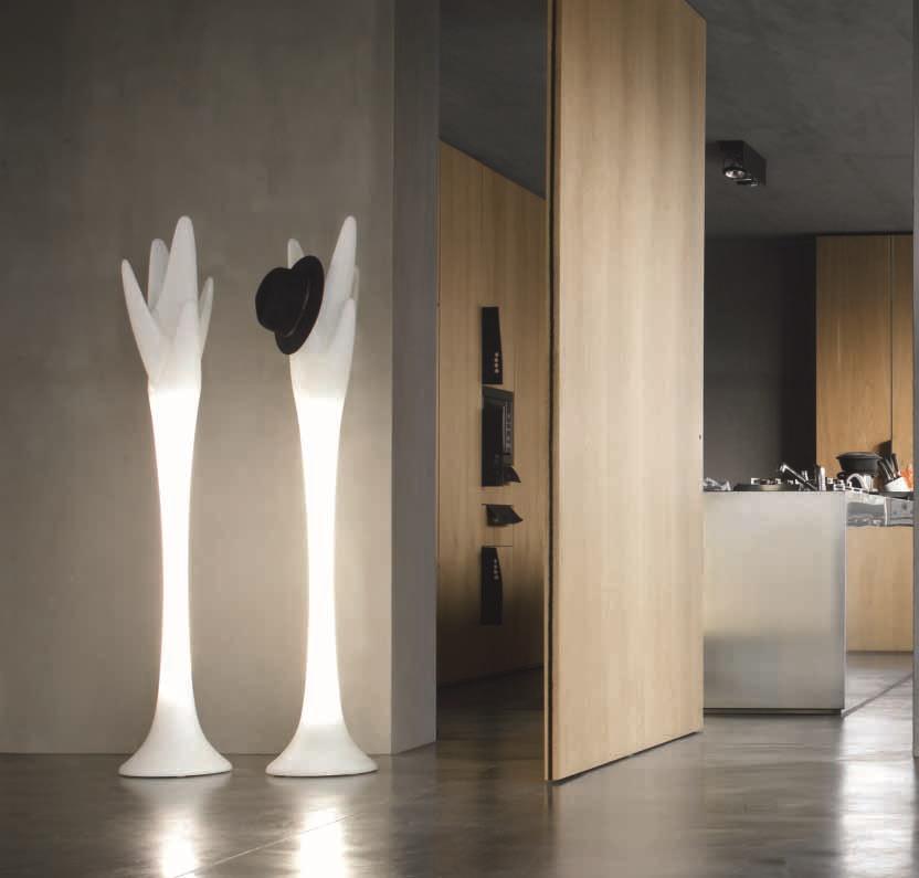 Appendiabiti di design della tonin casa scontato for Design scontato