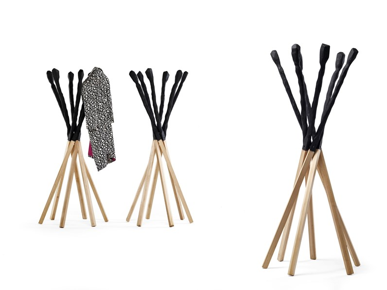 Complemento piantana attaccapanni match design legno for Appendiabiti design da terra