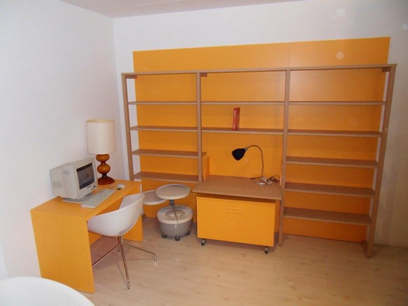 Cameretta arancione for Peverelli arredamenti