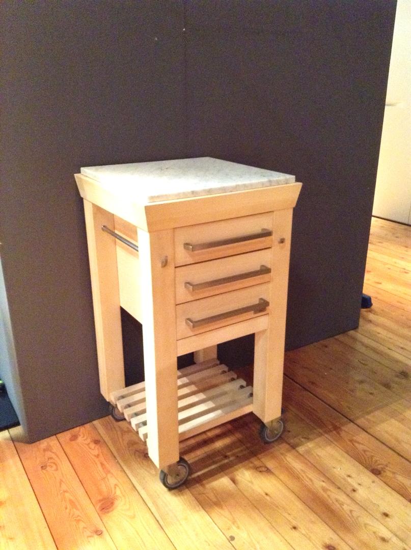 Carrello da cucina in legno con doppio piano di lavoro di Legnoart ...