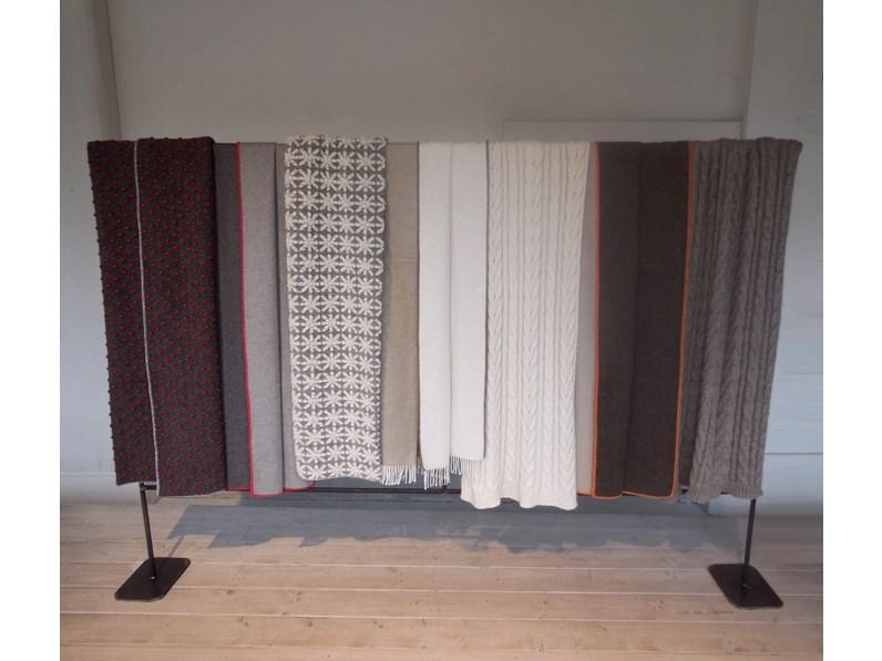 complemento d\'arredo per la zona notte o il divano ,caldi plaid coperta  lana design per B&B Italia, maxalto, mdf italia