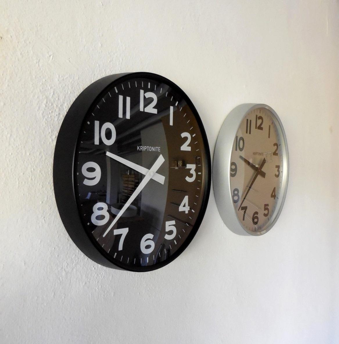 Complemento kriptonite orologio da parete alluminio design for Design vendita online