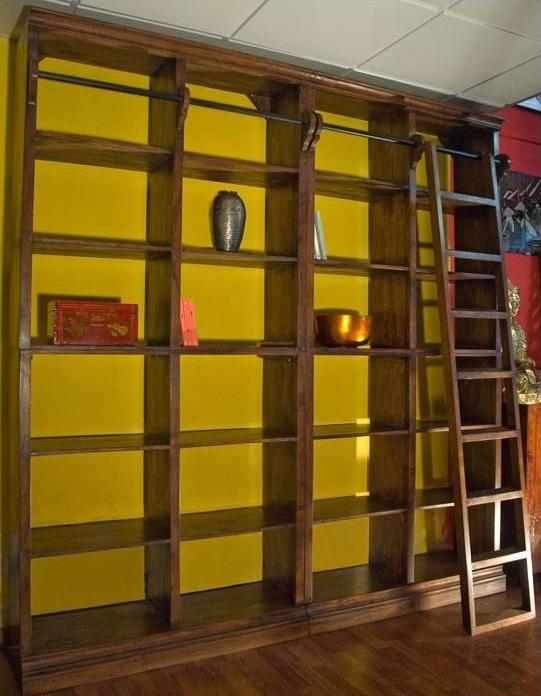Soggiorno nuovi mondi cucine libreria c scala in noce - Scale per librerie ...