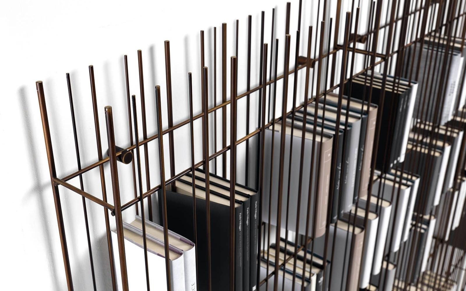 Libreria in ferro con ripiani in vetro mogg modello for Libreria in ferro
