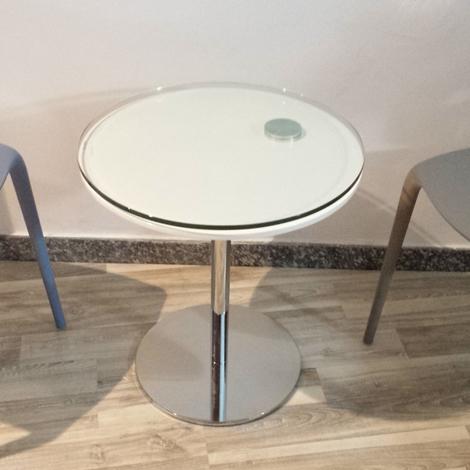 Tavolino In Cristallo Laccato Nero Curvato Con Sagomatura ...